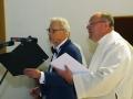 Maestro Virgilijus Noreika ir klebonas kun. Rolandas Karpavičius